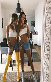 Проститутка Яна и Вика